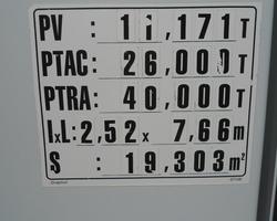 PORTEUR RENAULT LANDER 6X4 POLYBENNE